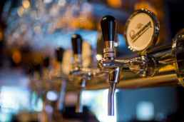 Public_beer-machine-alcohol-brewery-159291